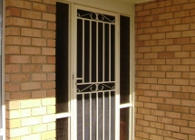 5-NEWPORT-STEEL-DOOR